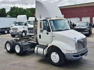 International 8600  2011    Daycab Semi Trucks