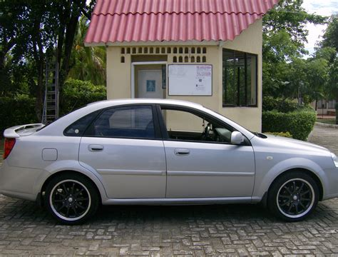 2005 Chevrolet Optra  Overview Cargurus
