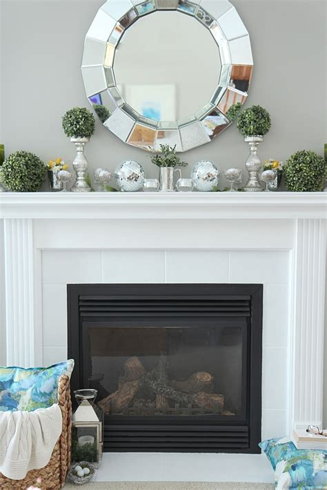 Decorating Ideas Mantel by Mantel Decorating Ideas Setting For Four