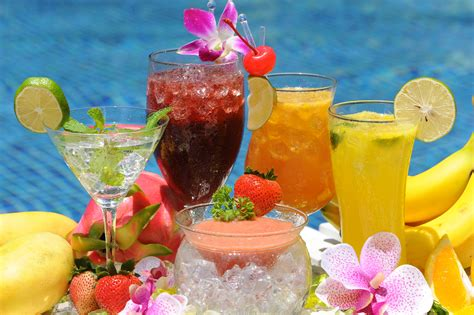 Quench Your Thirst With These Refreshing Summer Drinks