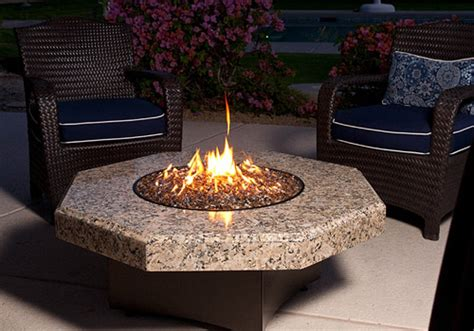 Gas Fire Pits Vs. Wood Fire Pits