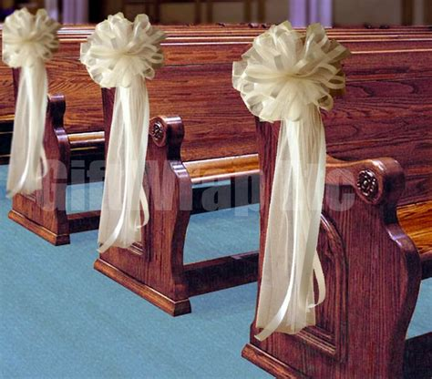wedding decorations on pews 25 best ideas about church pew decorations on pinterest