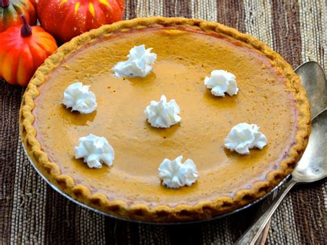pie ideas for thanksgiving 20 traditional thanksgiving pie recipes and ideas genius kitchen