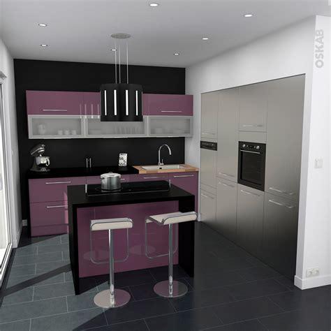 implantation cuisine ouverte cuisine aubergine modèle keria aubergine brillant