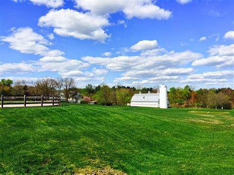 Neighborhood Outlook 1,400 Residents Oppose Brooks Farm