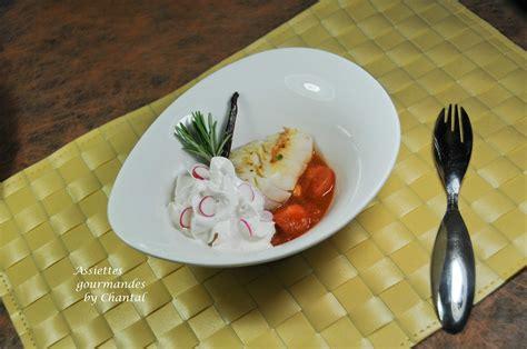 recette avec un siphon de cuisine cabillaud caramel de tomate et mousse de radis