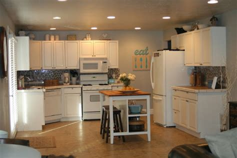 how to refinish kitchen cabinets how to refinish kitchen cabinets casual cottage