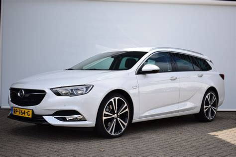 Opel Insignia Sports Tourer by Opel Insignia Sports Tourer 2 0 Cdti Business Executive