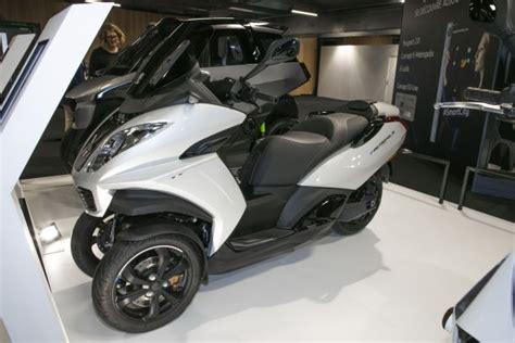 peugeot 3 roues peugeot e metropolis le scooter 3 roues aura sa version 233 lectrique l argus