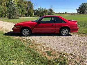 1993 Ford Mustang GT Hatchback for sale: photos, technical specifications, description