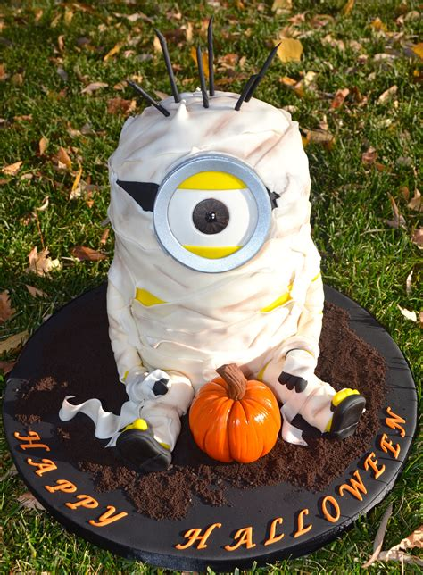 mummy minion    cake     school