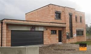maison contemporaine a toit plat et garage accole haut With construction garage toit plat