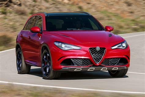 Alfa Romeo Stevio (2017 Suv)