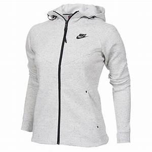 Pull Nike Noir Femme. pull nike femme. pull nike noir et blanc femme ... 2b95bc069da