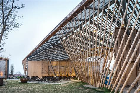 New Pastoralism Lecture Hall / SYN architects   ArchDaily