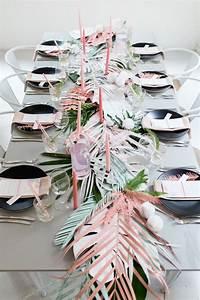 Deco Table Tropical : table tropical chic plus deco de table antillaise pinterest evjf tropical et chic ~ Teatrodelosmanantiales.com Idées de Décoration