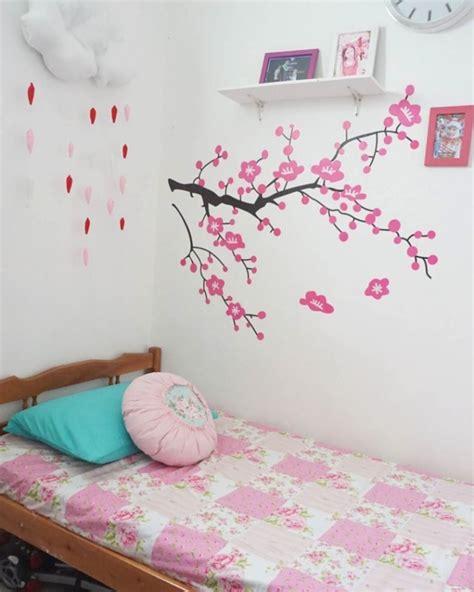 dekorasi wallpaper dinding kamar