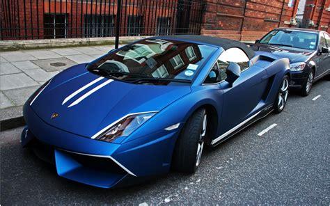 Black And Blue Lamborghini 41 Background
