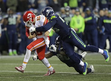 seahawks trade frank clark  chiefs  draft picks
