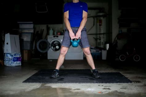 kettlebell swings work abs