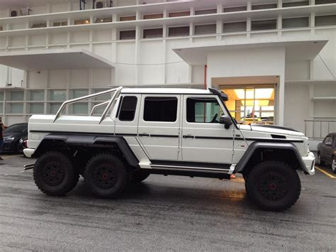 Brabus G700 6x6 Details And Pics