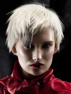 jagged layered short haircuts makeup tips  fashion