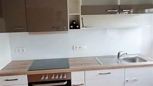 Küchenrückwand Auf Tapete Kleben : k chenr ckwand lackiertes wei glas ~ Sanjose-hotels-ca.com Haus und Dekorationen