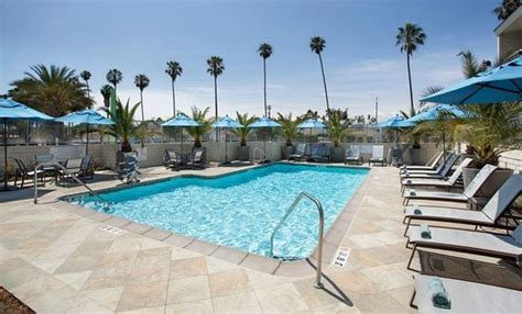 garden inn los angeles marina outdoor pool and spa picture of garden inn los
