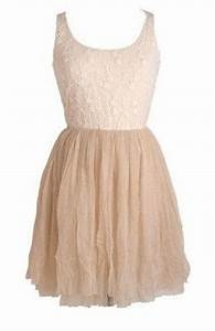 Nude skirt, Teen girl fashion and Lace flowers on Pinterest