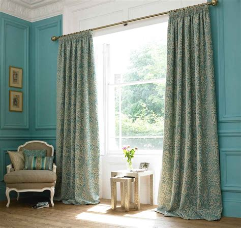 custom and ready made curtains which will you choose