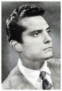 Cyll Farney A biografia AdoroCinema