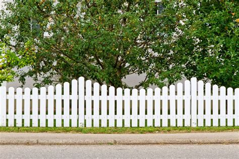 fence designs styles patterns tops materials  ideas fence design fence landscaping