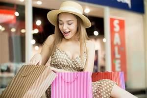 Junge Mädchen Fotos : berrascht junge m dchen auf der suche tasche kaufen download der kostenlosen fotos ~ Markanthonyermac.com Haus und Dekorationen