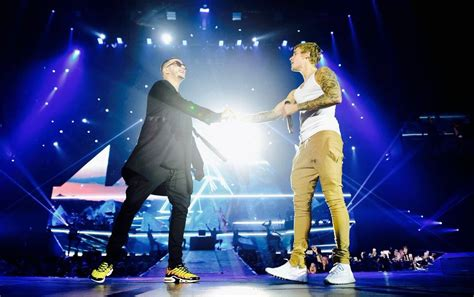 dj snake justin bieber dj snake performs with justin bieber for the first time