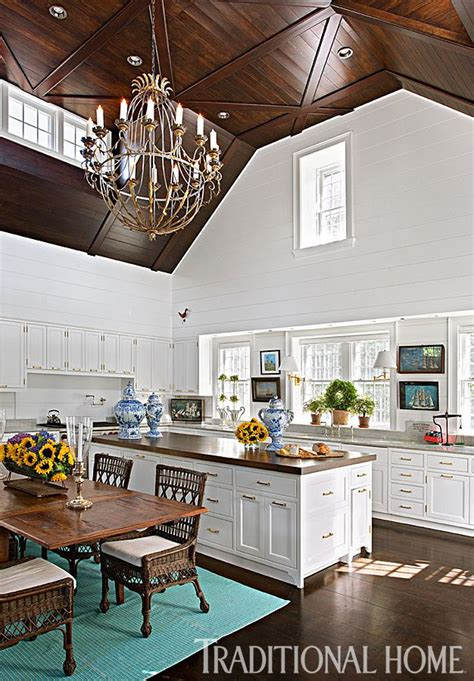 Designers Nantucket Summer Home by A Designer S Nantucket Summer Home Traditional Home