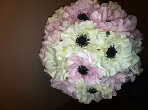 where to buy wedding bouquets diy bouquets or real flowers 1281