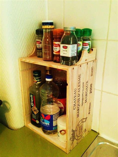 epice cuisine caisse a vin en bois ou l etagere a epices faite en 5 min