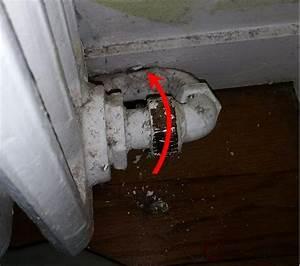 Comment Démonter Un Radiateur En Fonte : comment d visser crou en bas c t oppos du robinet d ~ Premium-room.com Idées de Décoration