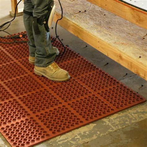 chef kitchen floor mats quot dura chef 7 8 inch quot anti fatigue kitchen mats 5363
