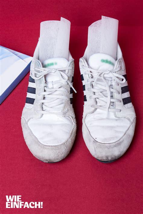 Tipps Gegen Stinkende Schuhe by Hausmittel Gegen Stinkende Schuhe Diese Hausmittel Helfen