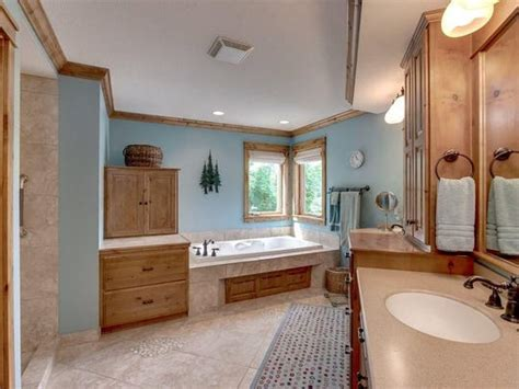 Modern Master Bathroom Colors by Bathroom Colors Styles And Trends For 2019