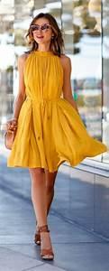 Robe Tendance Ete 2017 : tendance chaussures 2017 une jolie robe jaune robe de soir e jaune robe d 39 t jaune femme ~ Melissatoandfro.com Idées de Décoration