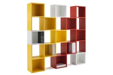 arredare libreria una libreria colorata e modulare per arredare divertendosi
