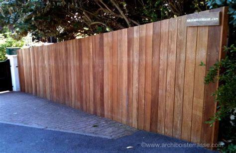 palissade en bois exterieur palissade et panneau cloture bois exotique sans entretien 27 78 76