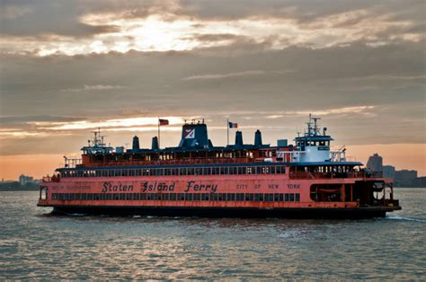 Nyc Boat Tour Cheap by 10 Ways To Pull An Nyc All Nighter Cheaptickets Travel Deals