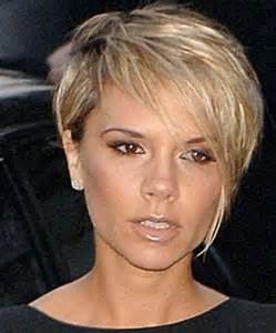 coupe de cheveux courte pour femme de 50 ans les 25 meilleures idées concernant coiffures courtes asymétriques sur coupe courte