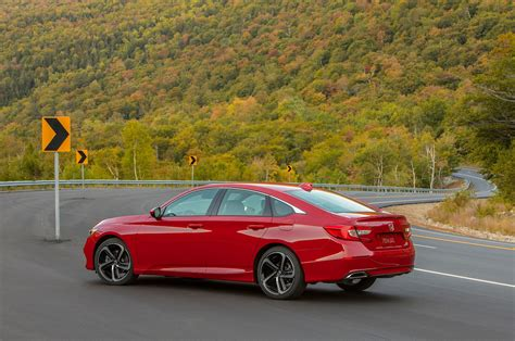 The accord's cabin offers excellent fit and. 2018 Honda Accord Sport 2 0T rear three quarter 06 ...