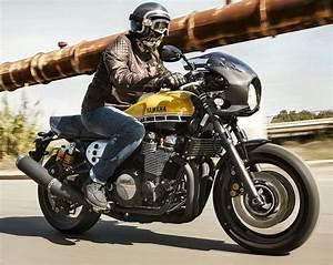 Xjr 1300 Cafe Racer : xjr 1300 racer 60eme anniversaire 2016 wheels and cars ~ Medecine-chirurgie-esthetiques.com Avis de Voitures