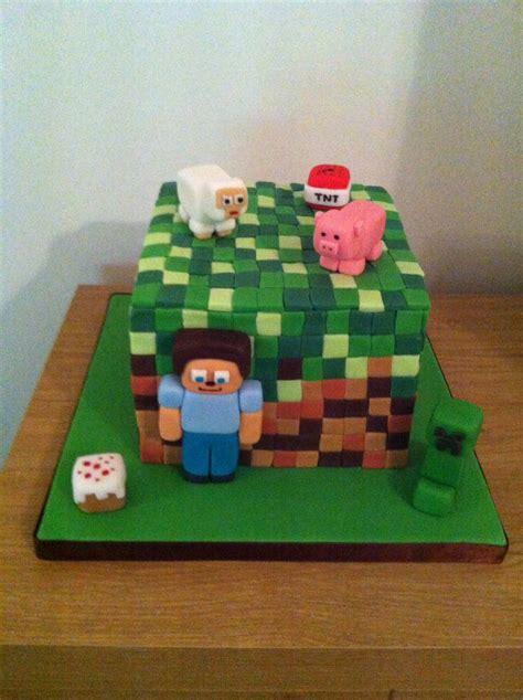minecraft birthday cake decorations 142 best cakes minecraft images on minecraft minecraft birthday cake and