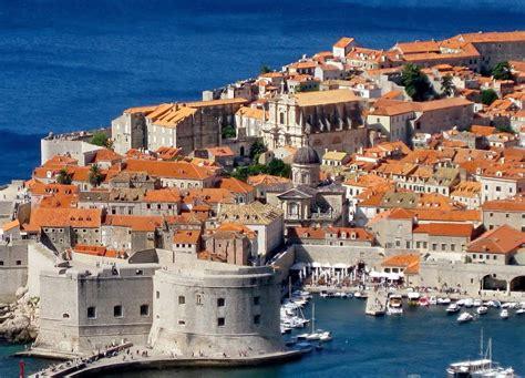 dubrovnik town city walls croatia reviews